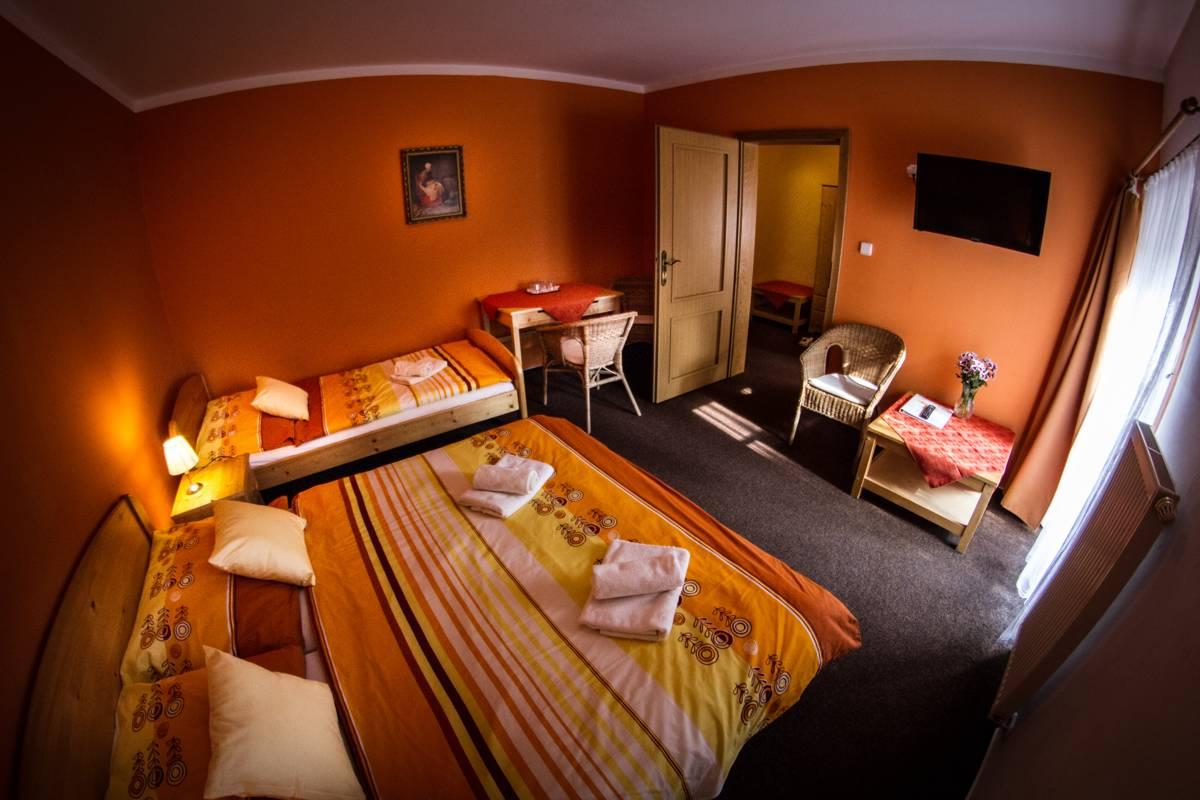 Horský hotel Sněženka - Třílůžkový pokoj