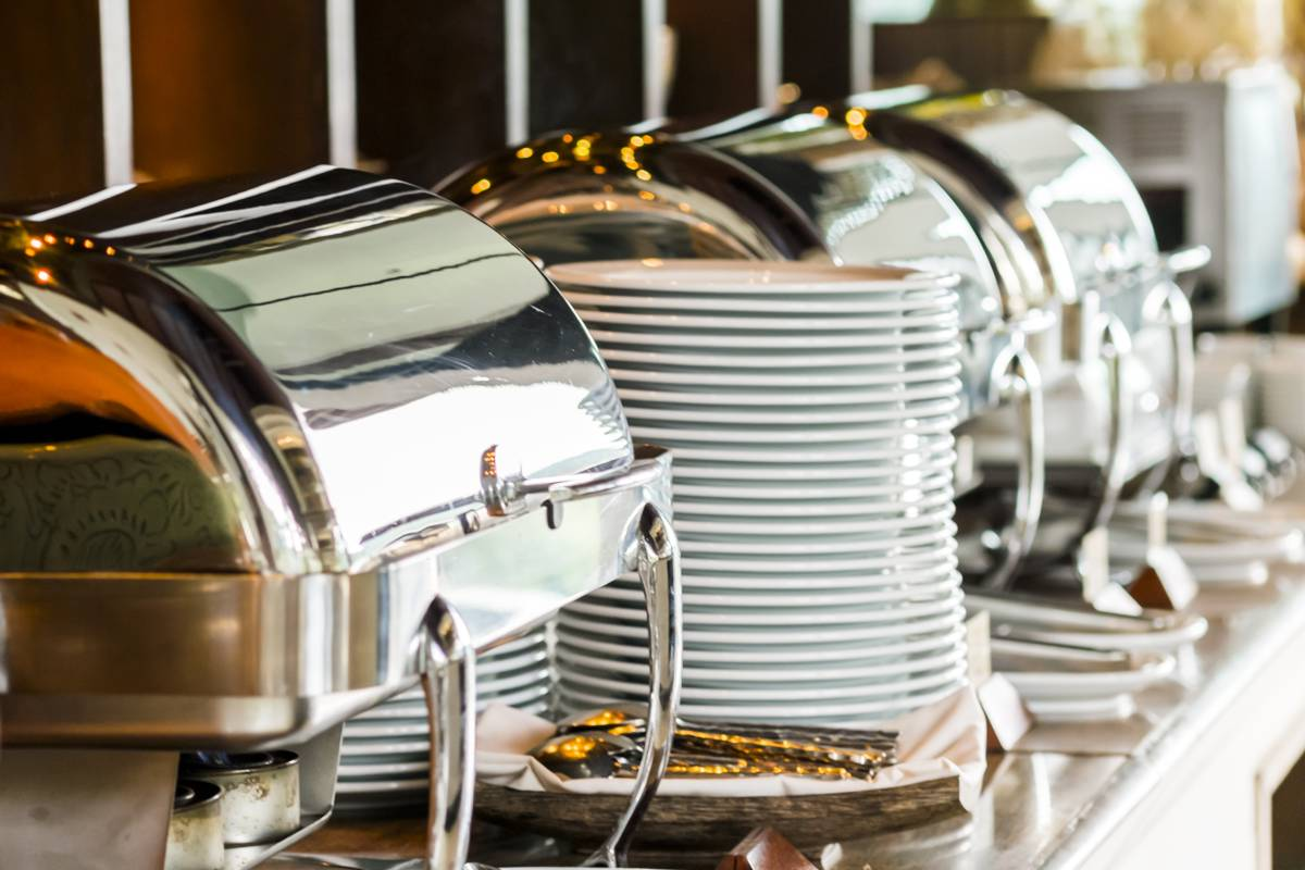 Snídaně, polopenze a plná penze Hotel Sněženka